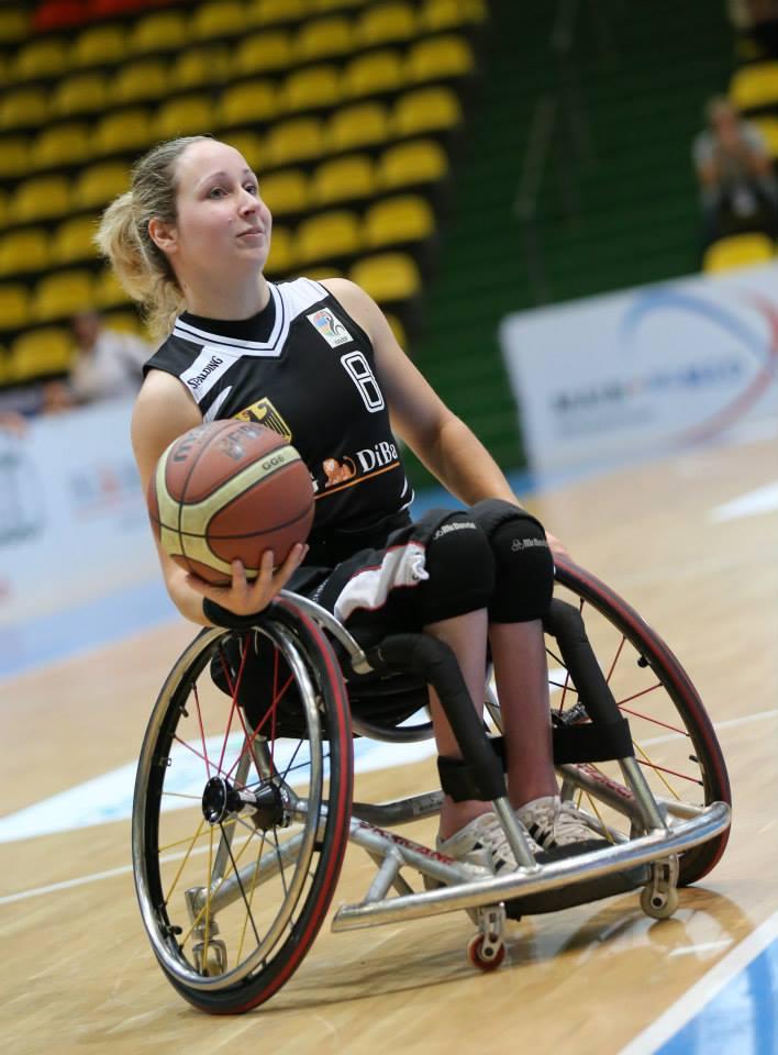 Nationalspielerin Annika Zeyen